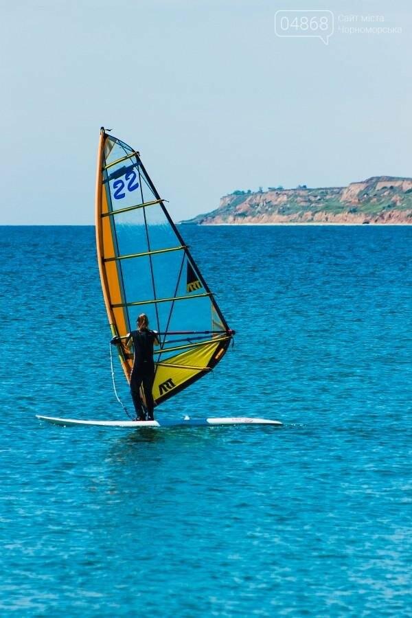В Черноморске открыли летний сезон соревнованиями по виндсерфингу (фото), фото-10