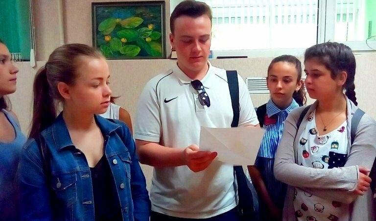 Юные лидеры Черноморска посмотрели вблизи на работу «четвёртой власти» (фото), фото-7