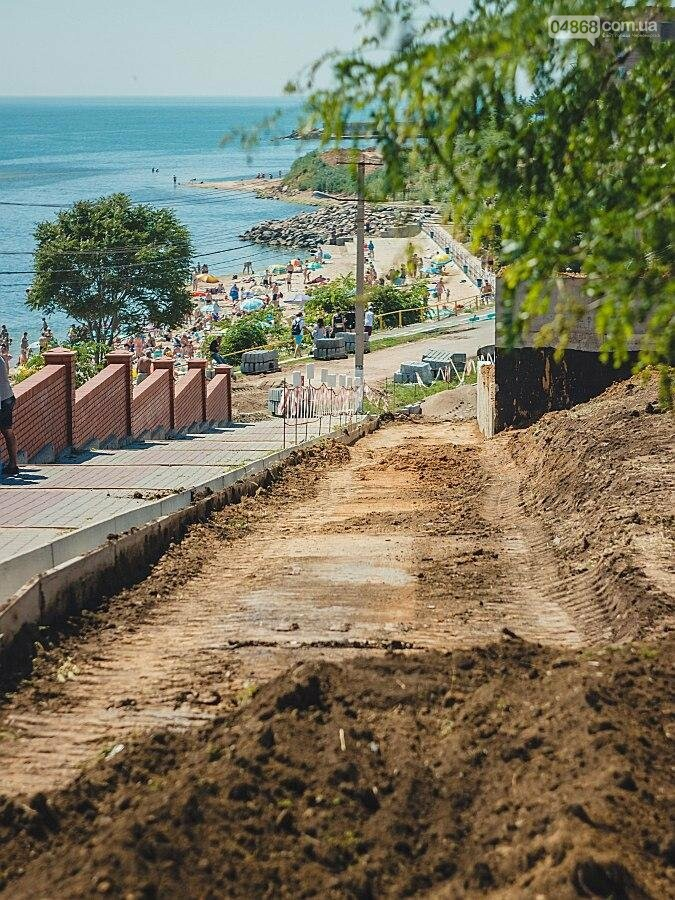 В Черноморске продолжаются работы по реконструкции улицы Пляжная (фото), фото-5