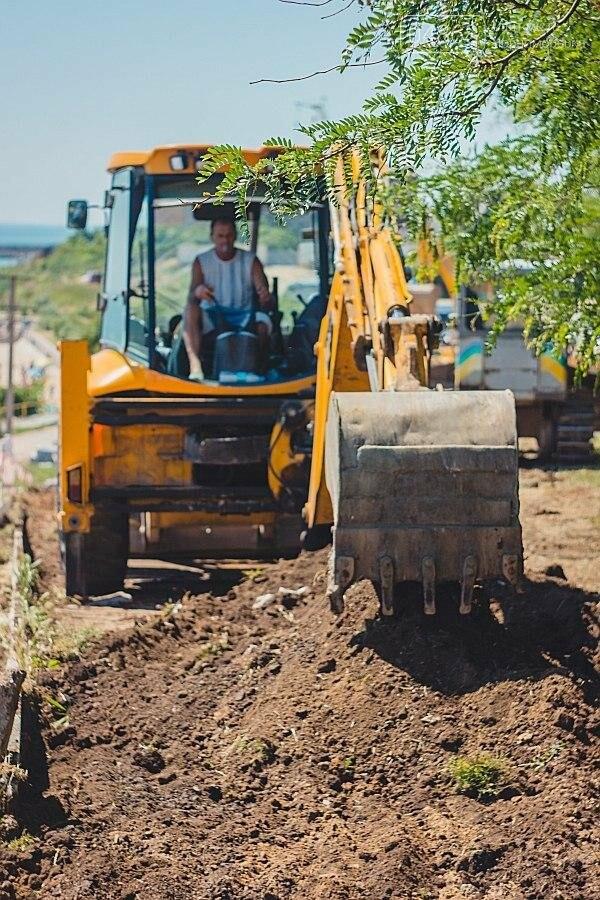 В Черноморске продолжаются работы по реконструкции улицы Пляжная (фото), фото-11