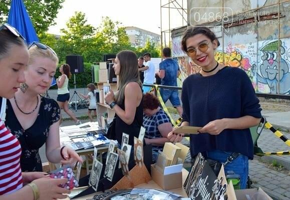 Креативный Черноморск: летняя ярмарка «Комильфо» встретила гостей (фото), фото-1