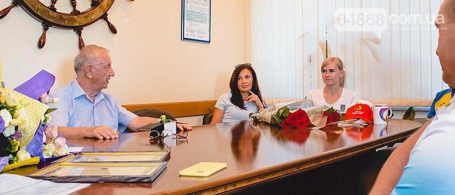 Черноморские власти поздравили спортсменок с весомыми достижениями (фото), фото-4