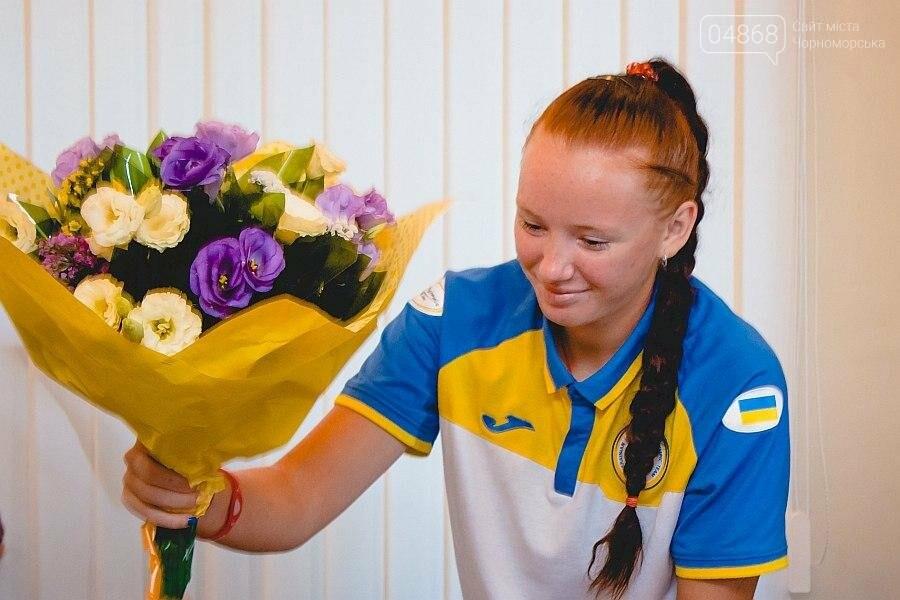 Черноморские власти поздравили спортсменок с весомыми достижениями (фото), фото-12