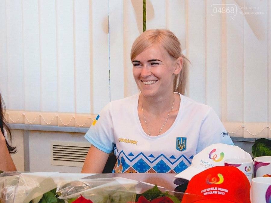 Черноморские власти поздравили спортсменок с весомыми достижениями (фото), фото-6
