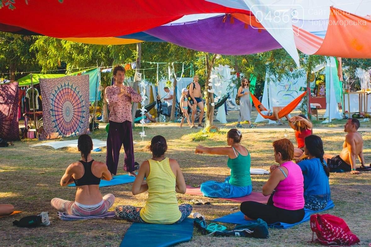 Более 400 участников собрал Йога Фестиваль в Черноморске (фото), фото-2