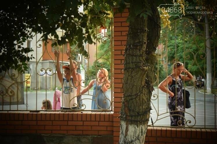 На два часа сквер у Дворца культуры Черноморска превратился в «Музыкальный дворик», фото-12