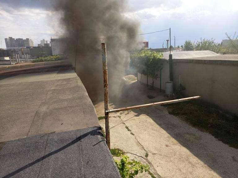 В Черноморске снова горят автомобили (фото, видео), фото-5