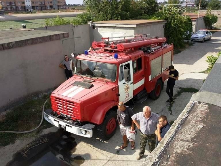 В Черноморске снова горят автомобили (фото, видео), фото-2