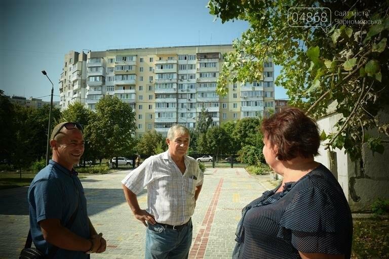 Территория 7 школы Черноморска преобразилась, фото-4