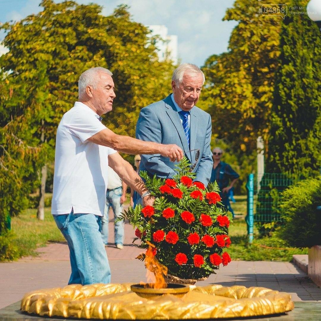В Черноморске состоялась церемония возложения цветов (фото), фото-2