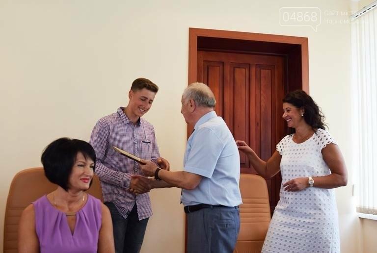 В Черноморске поздравили будущих «светил медицины» (фото), фото-10