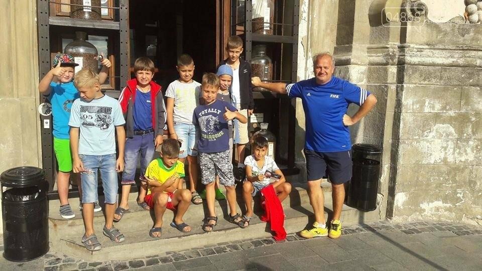 Черноморский футбольный клуб отметил свой день рождения, фото-5