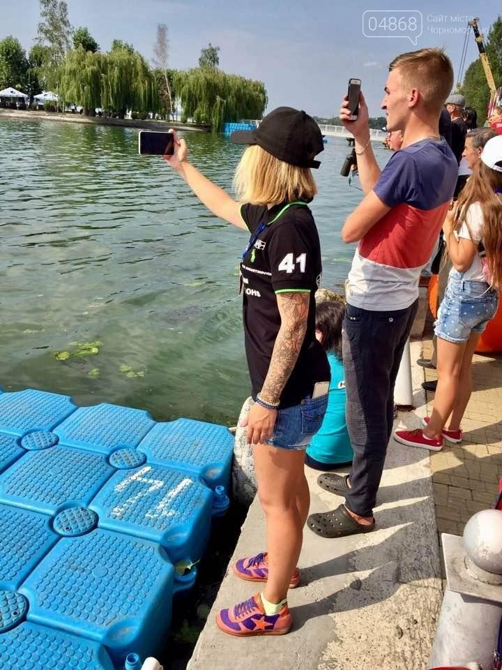 Спортсмены из Черноморска успешно выступили в финале чемпионата по водно-моторному спорту (фото), фото-3