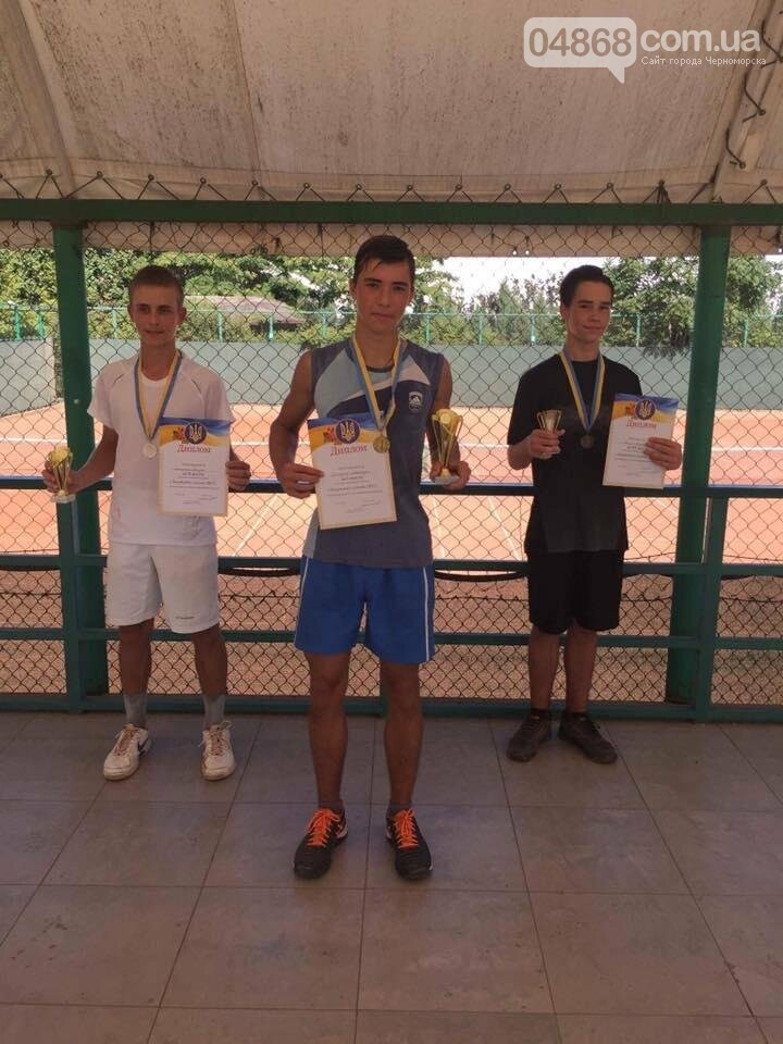В Черноморском теннисном клубе прошел турнир среди его воспитанников, фото-3