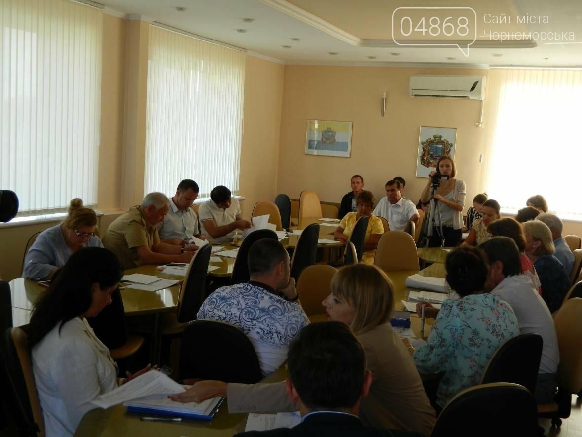 Объём промышленного производства в Черноморске вырос в 2 раза, фото-2