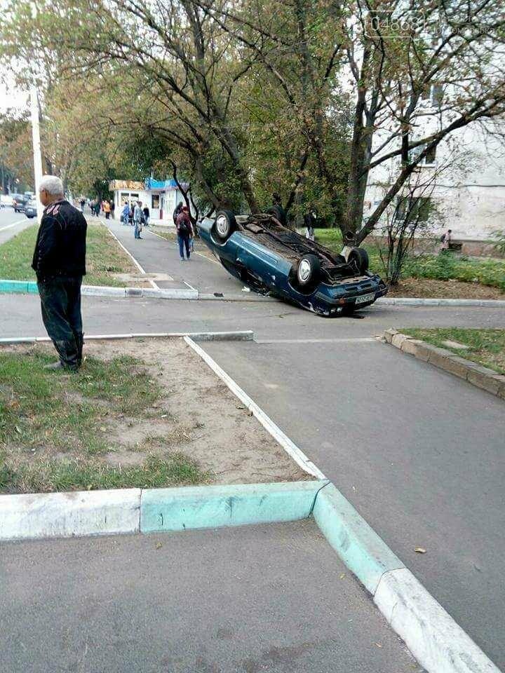 ДТП в Черноморске: водитель сбил пешехода и перевернулся (фото), фото-5
