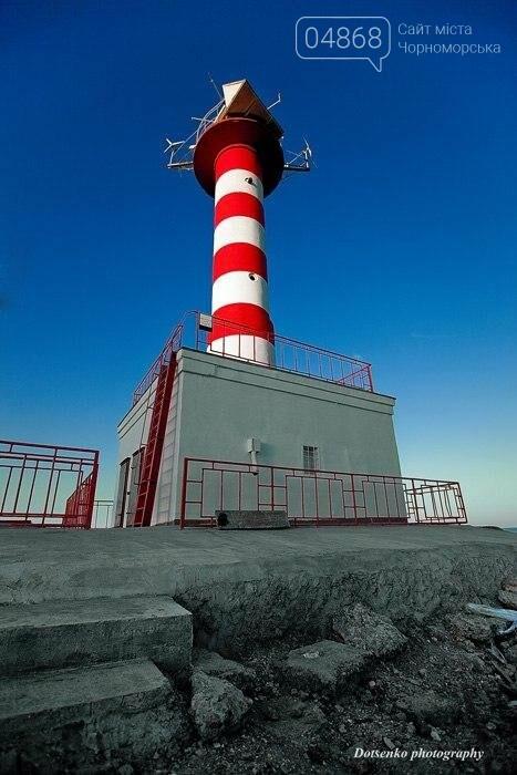 Этот день в истории Черноморска: 5 октября 1965 года в порту был открыт Ильичёвский маяк, фото-3