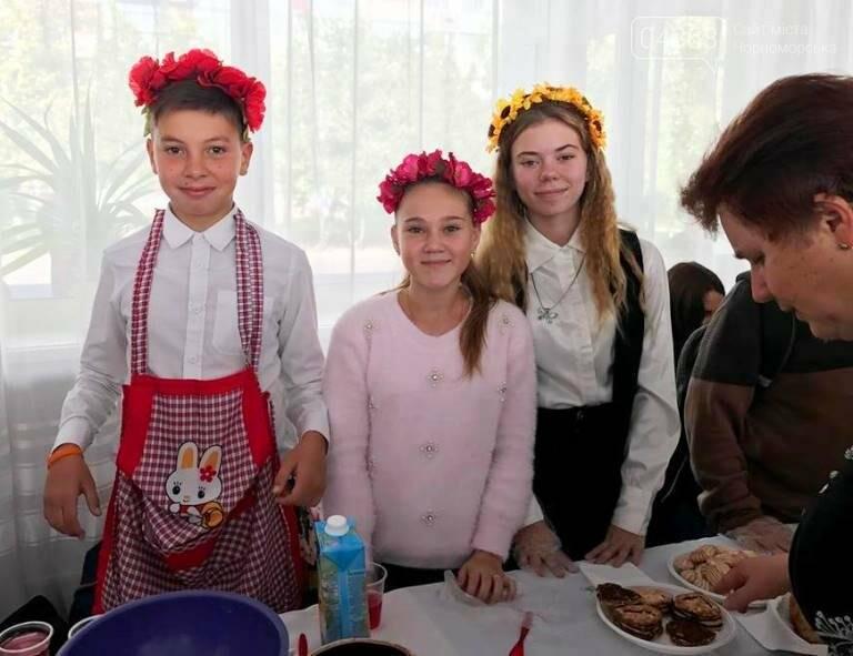 «От сердца – к сердцу»: школьники Черноморска помогают детям, попавшим в беду , фото-7