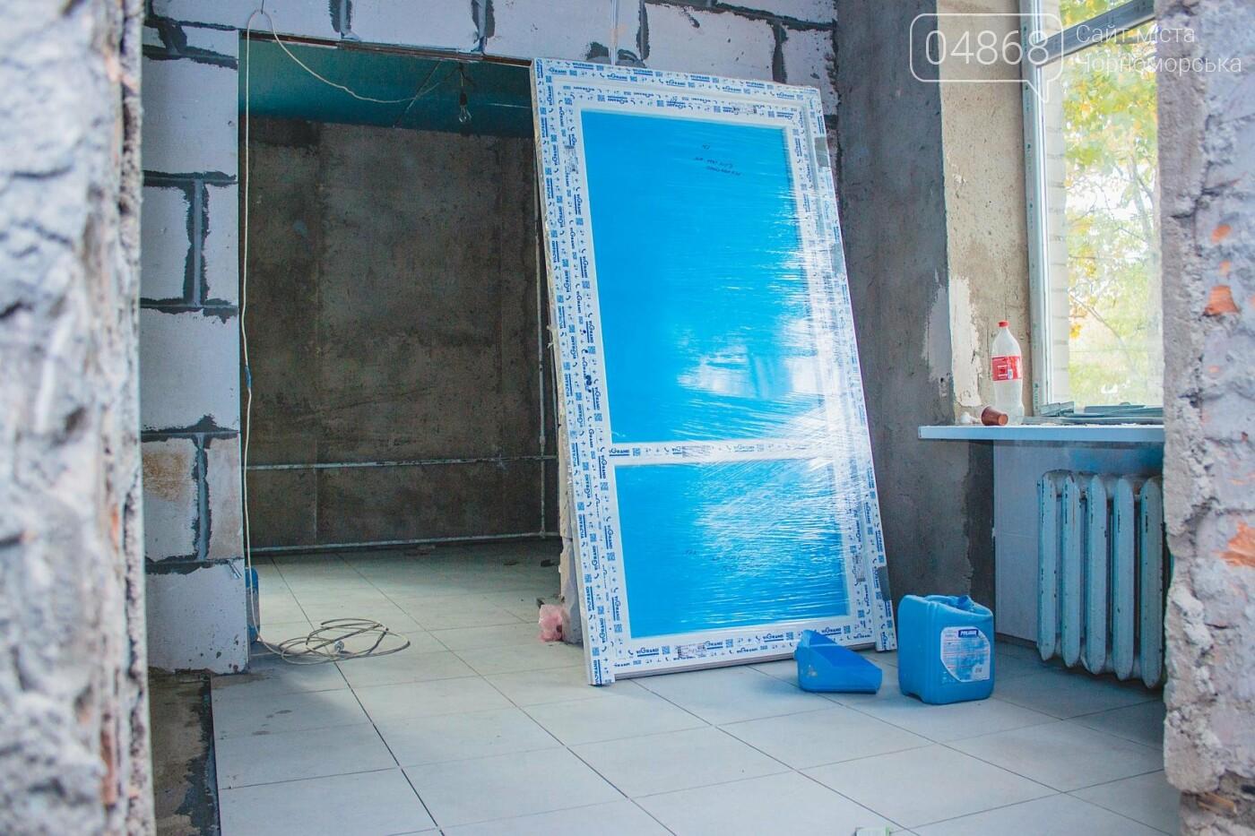 В травматологическом отделении Черноморской больницы уже выполнена половина ремонтных работ, фото-5