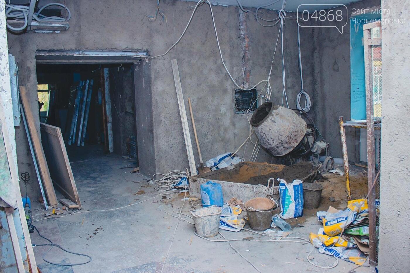 В травматологическом отделении Черноморской больницы уже выполнена половина ремонтных работ, фото-3