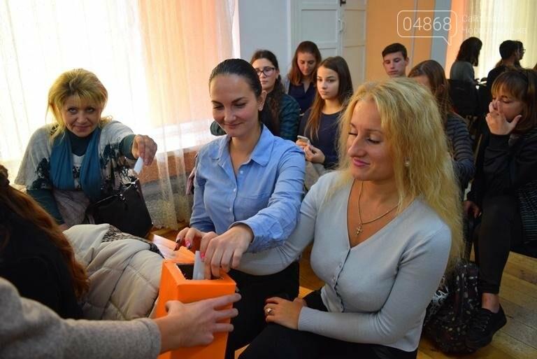 В Черноморске выбрали нового молодого лидера, фото-7