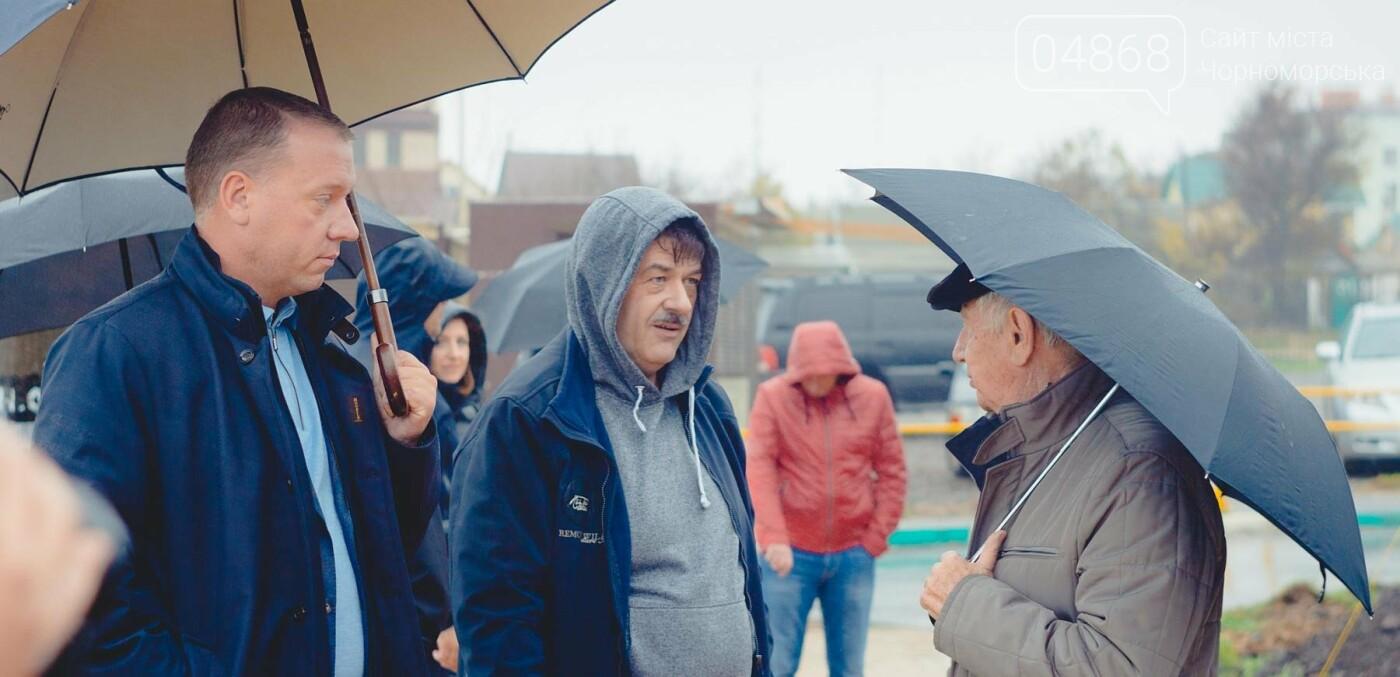 Продолжаются работы по благоустройству прибрежной территории Черноморска, фото-11
