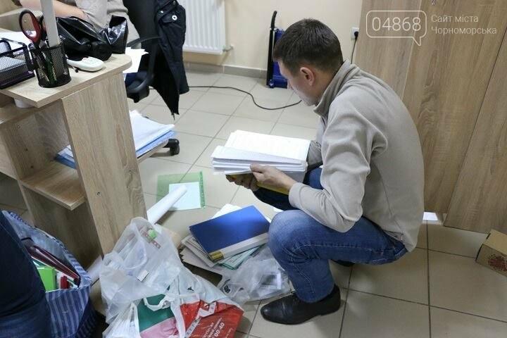 Полиция Черноморска провела обыски в компании «Диамант», фото-3