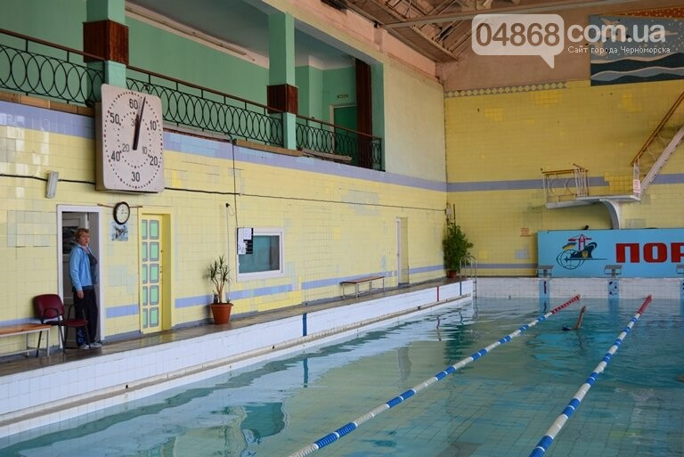 Бассейны «Юности» продолжат свою работу в плановом режиме, а мэрия Черноморска предоставит детям бесплатные абонементы для их посещения, фото-3