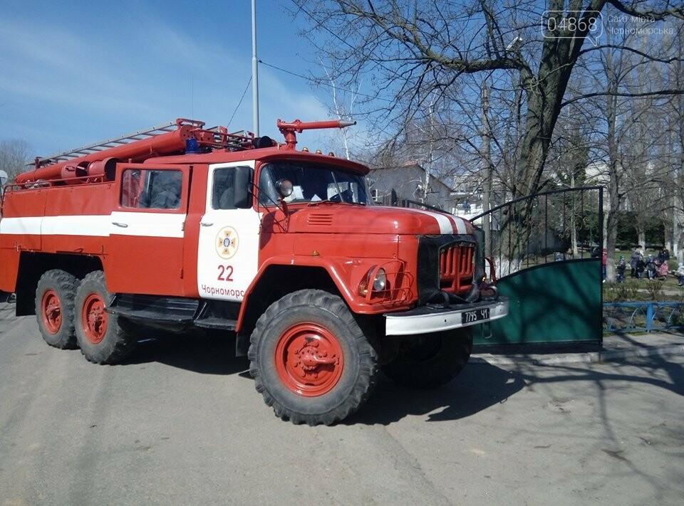 Черноморские спасатели провели учения на территории учебно-воспитательного комплекса города, фото-4