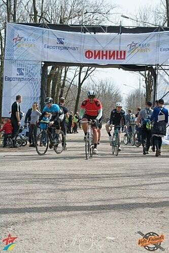 Участников «Одесской Велосотки» накормили ухой из Черноморска, фото-3
