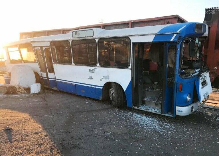 Перед судом предстанет виновник столкновения автобуса с тепловозом на территории МТП «Черноморск», фото-1