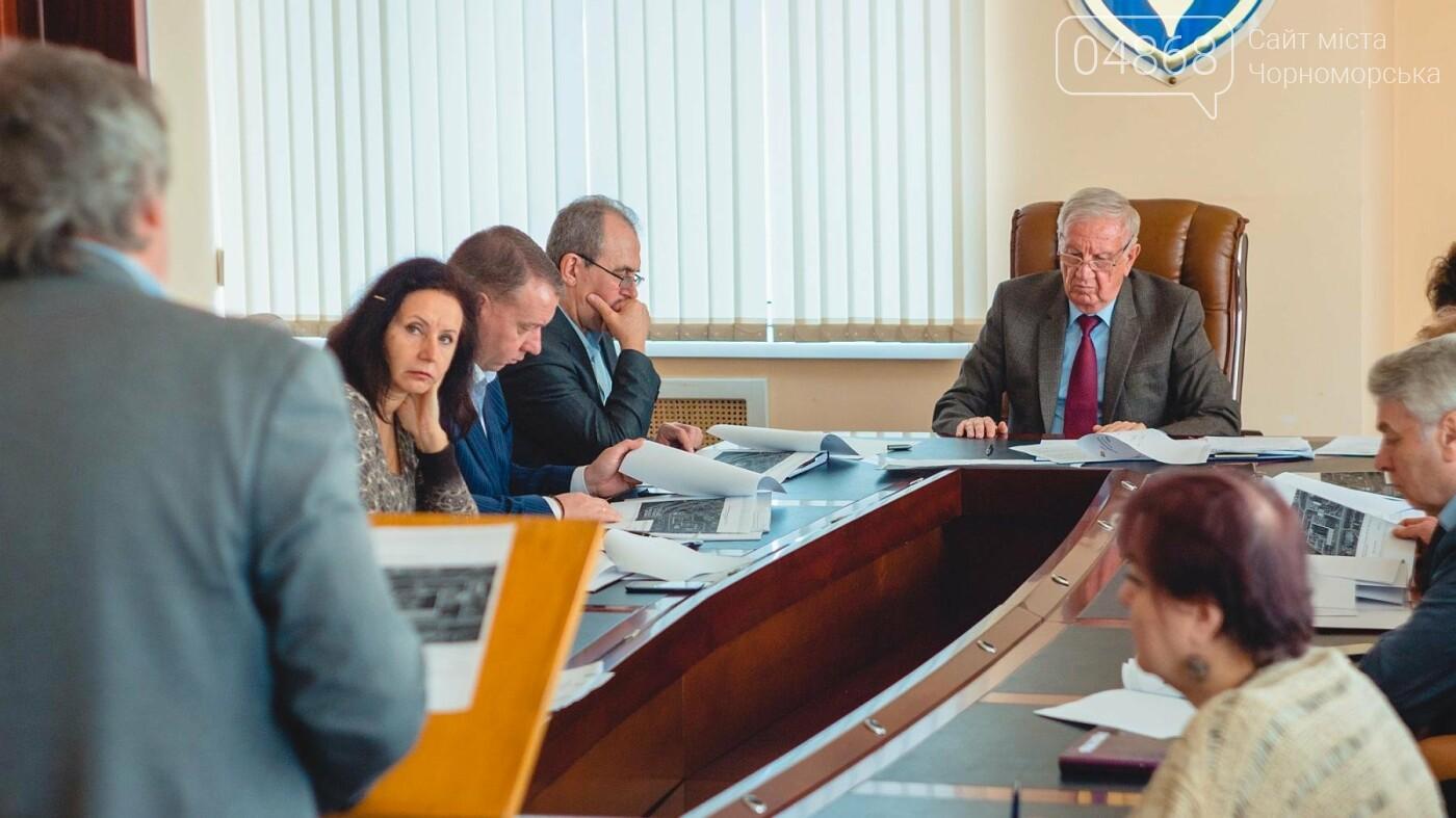 Дополнительные средства на ремонты дорог и строительство моста в Черноморске, фото-3