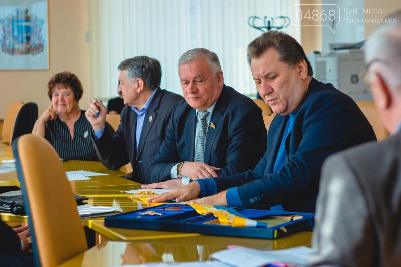 На сессии назовут Почётных граждан города Черноморска, фото-3