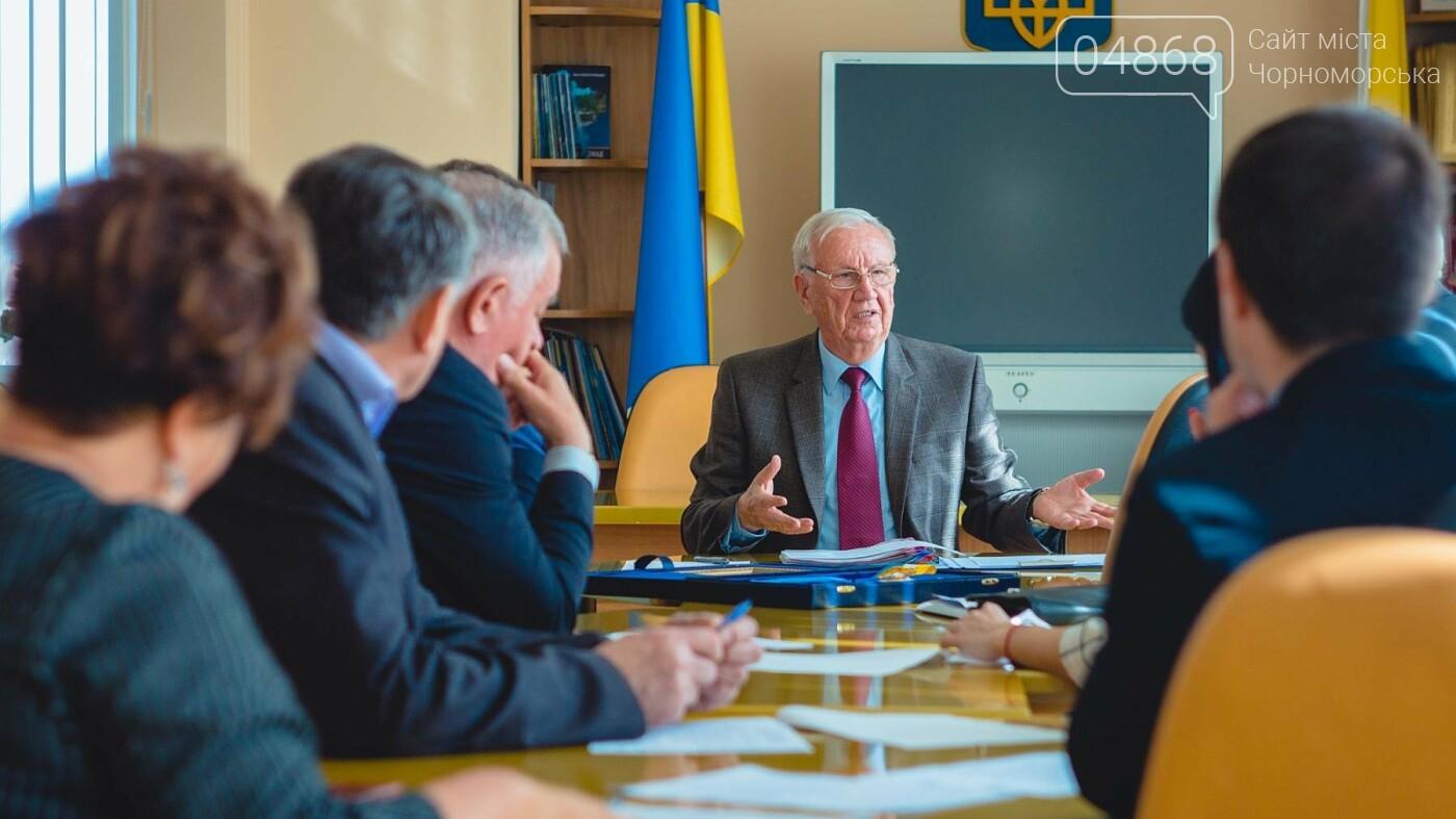 На сессии назовут Почётных граждан города Черноморска, фото-6