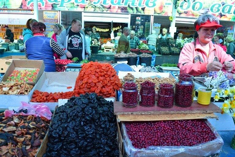 Цены на весенних выходных в Черноморске: молодой картофель от 50 до 150 грн, фото-23