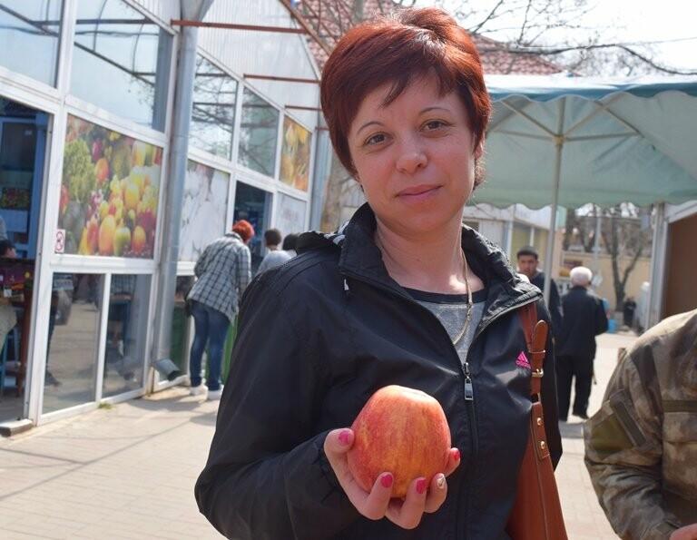 Цены на весенних выходных в Черноморске: молодой картофель от 50 до 150 грн, фото-9
