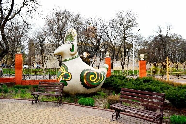 «Чудо-птицы» могут покинуть сквер у Дворца культуры, фото-3