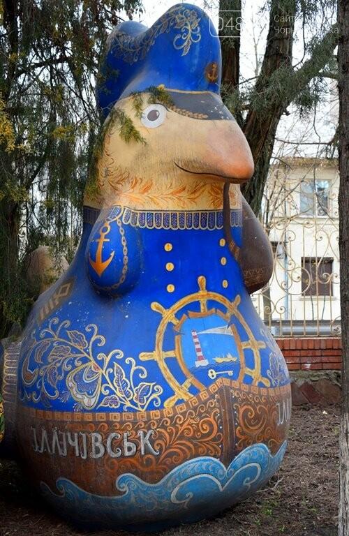 «Чудо-птицы» могут покинуть сквер у Дворца культуры, фото-2