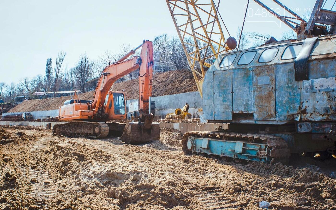 Работы по берегоукреплению в Черноморске продолжаются, фото-5