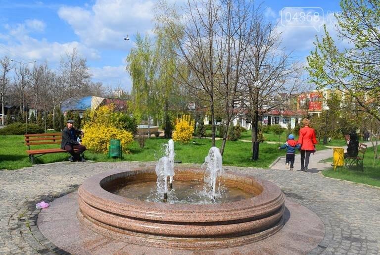 С наступлением весны в Черноморске снова заработают фонтаны, фото-1