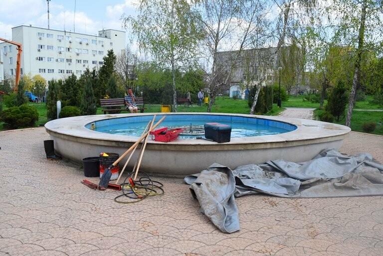 С наступлением весны в Черноморске снова заработают фонтаны, фото-2