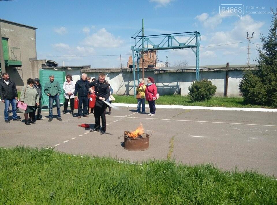 В Черноморской поликлинике тушили условный пожар (фото)), фото-9