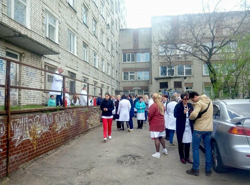 В Черноморской поликлинике тушили условный пожар (фото)), фото-6