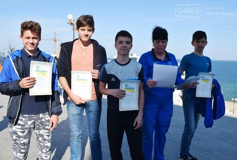 «А вы смогли бы?» В Черноморске провели легкоатлетический забег по Приморской лестнице, фото-15