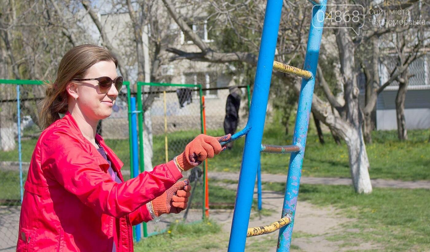 В Черноморске высажено 500 новых деревьев и кустарников, фото-10