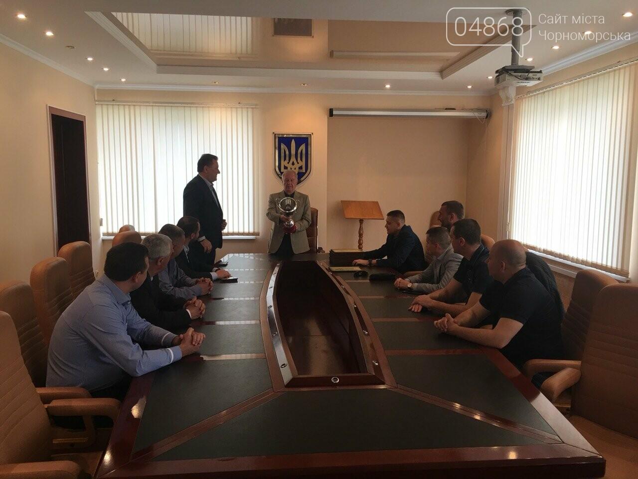 Городской голова поздравил победителей Чемпионата Черноморска по баскетболу (+ФОТО), фото-1