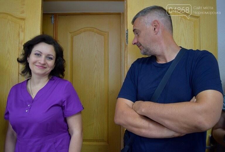 «Я бы в медики пошёл, пусть меня научат»: в Черноморске стартовала первая смена медицинского лагеря, фото-12