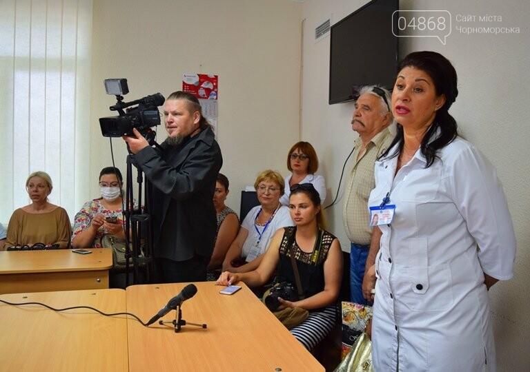 «Я бы в медики пошёл, пусть меня научат»: в Черноморске стартовала первая смена медицинского лагеря, фото-15