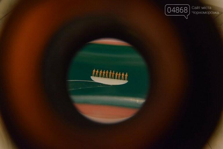 Караван верблюдов в ушке иглы и подкованная блоха: в Черноморск возвращаются знаменитые микроминиатюры, фото-8