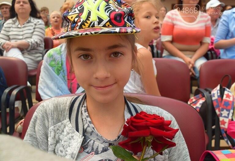 «Дети – детям»: в Черноморске прошёл большой праздник открытия летних лагерей, фото-5